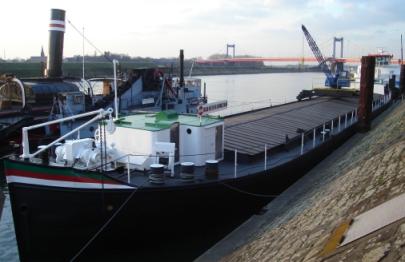 "Museumsschiff ""Fendel"" am Leinpfad in Ruhrort"
