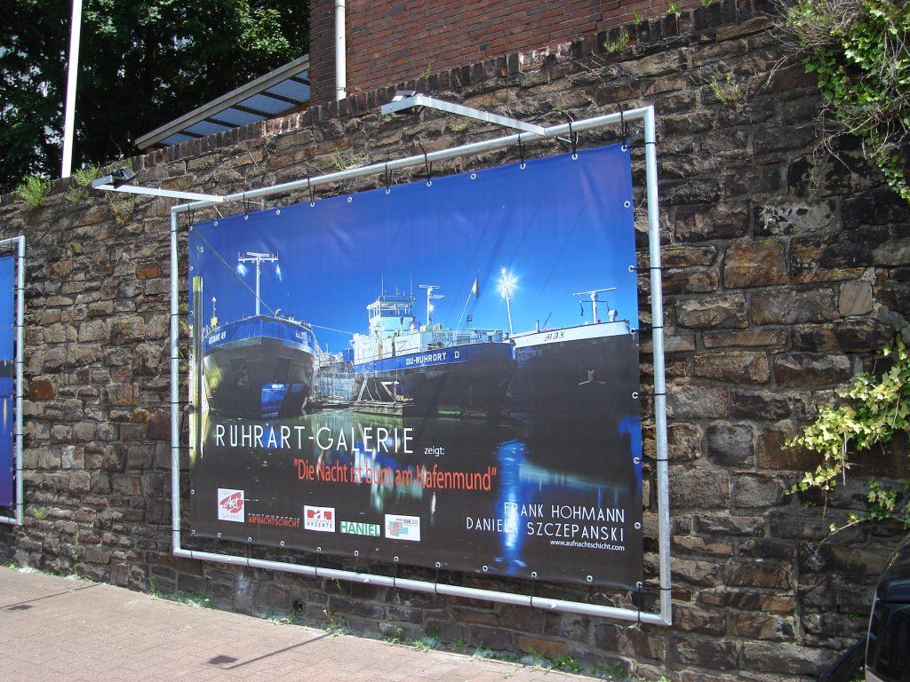 Die Nacht ist bunt am Hafenmund Ruhrort 1