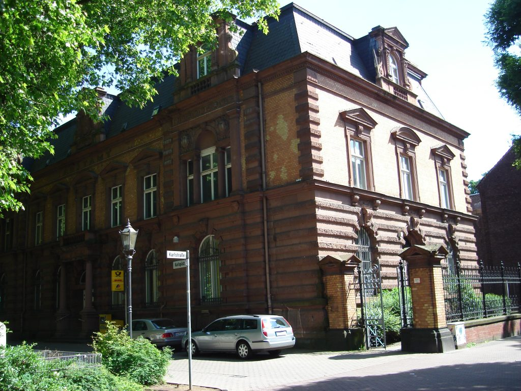 Karlsplatz ehemalige Post in Ruhrort