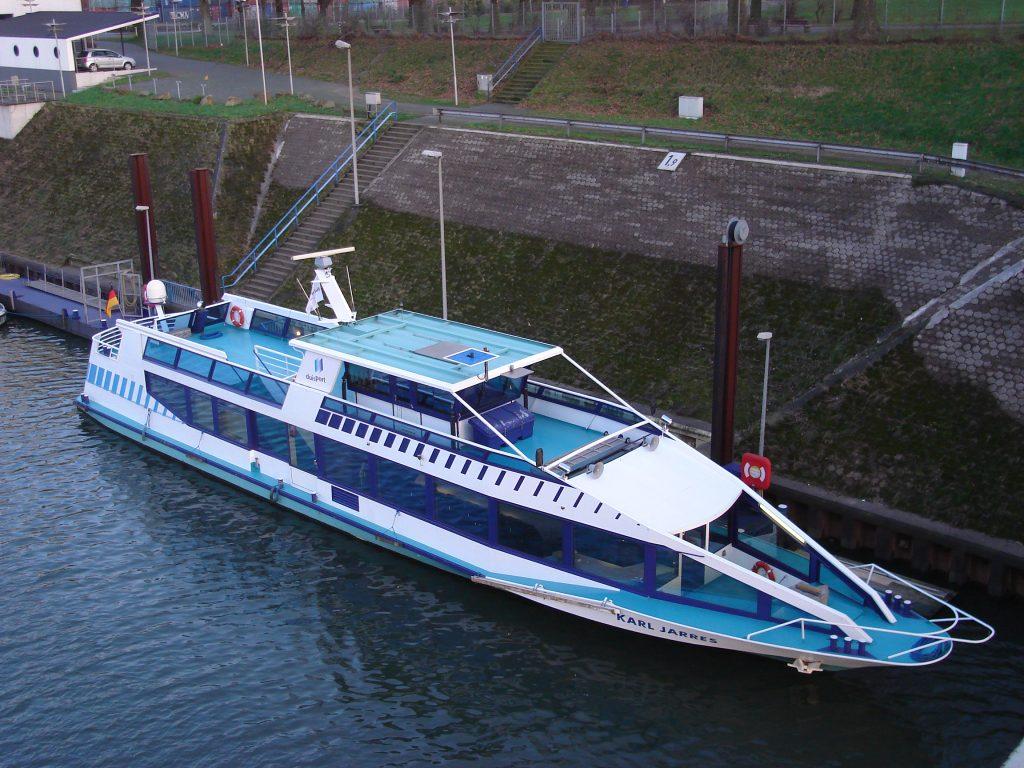 Vinckekanal Duisport MS Karl Jarres Ruhrort